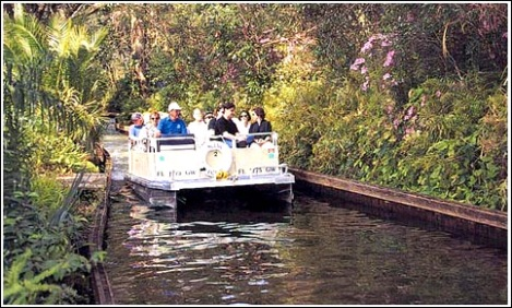 scenic-boat-tour-winter-park