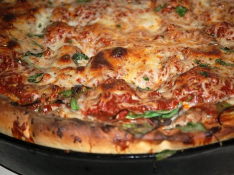 pizza-might-be-an-italian-food-but-chicagos-deep-dish-pizza-is-all-american