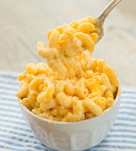 slow-cooker-mac-cheese-35-600